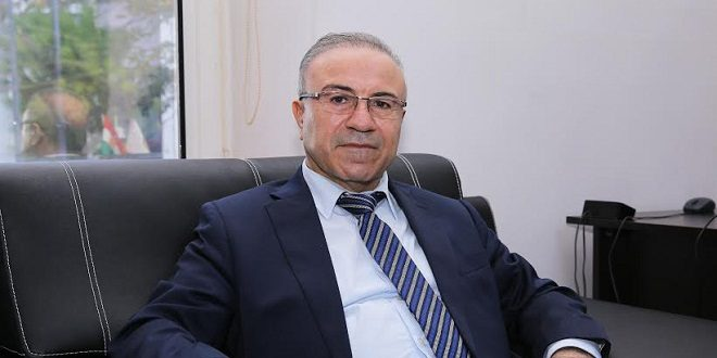 Абдель Хаким Башар: Он публикует статью об инициативе Мазлума Абди.  - Рагихандина Энчмена Ништимани курди ли Срийе